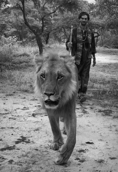 Walking as one... Fathala. Senegal.